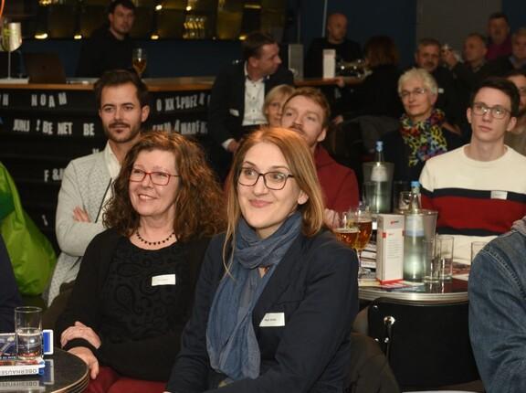 Besucher der Theaterbar Oberhausen im Rahmen der bundesweiten Gründerwoche