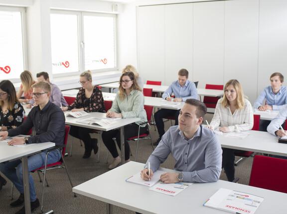 Seminargruppe in der Fach-Akademie