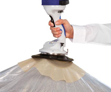 Rundsauggreifer mit Schürze für die optimale Abdichtung auf Kunststoffsäcken und eingeschweißten Packstücken